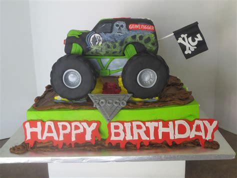 grave digger truck cake gravedigger truck cake byrdie custom cakes