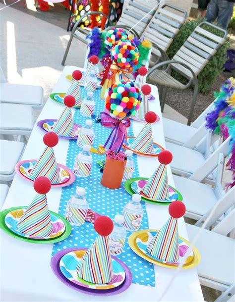 Decoration Anniversaire Bebe by Deco Table Anniversaire Bebe 1 An