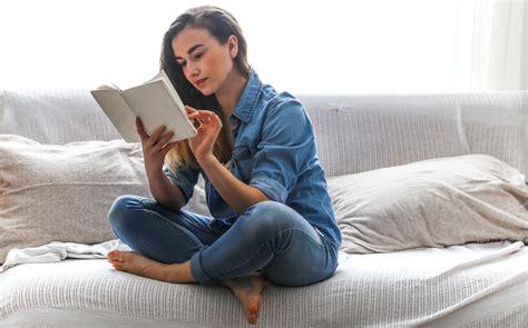 bed reading l vine vera vine vera resveratrol skin care