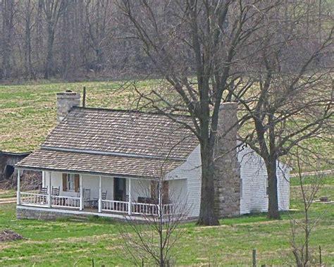 farmhouse or farm house country farm houses google search farmhouses pinterest