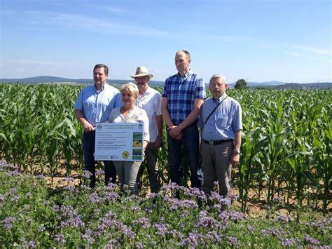 imker hessen hessens landwirtschaft bl 252 ht f 252 r bienen landwirte und