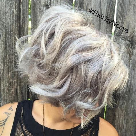 picture of gray wavy bob how to get the best beach waves imaginable