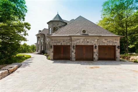 deadmau5 house deadmau5 purchased this beautiful 5 million house in canada