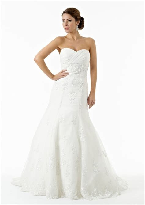 beaded corset wedding dress fit and flare strapless sweetheart tulle lace beaded