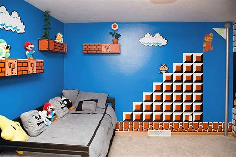 Super Mario Bedroom Decor | cool parents make super awesome super mario room for their