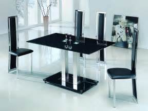 tisch mit schwarzer glasplatte glass dining table set home designs