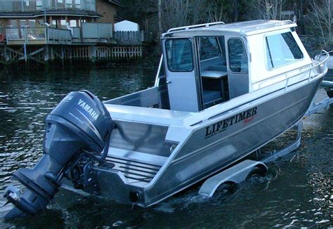 welded aluminum boats 2050cabin standard features and accessories all welded