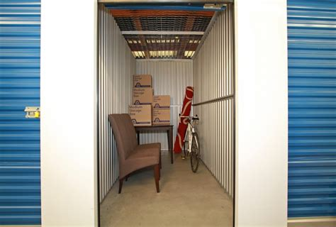 600 Sq Ft Studio Self Storage Unit Sizes Maple Leaf Self Storage