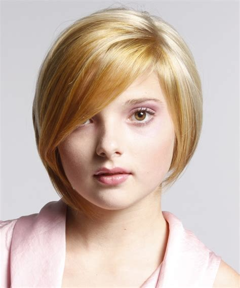 haircuts that flatter a fat face short hairstyles for fat faces with bangs