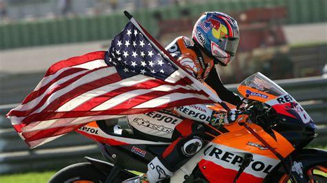 Ex motorcycle champion Nicky Hayden dies after collision