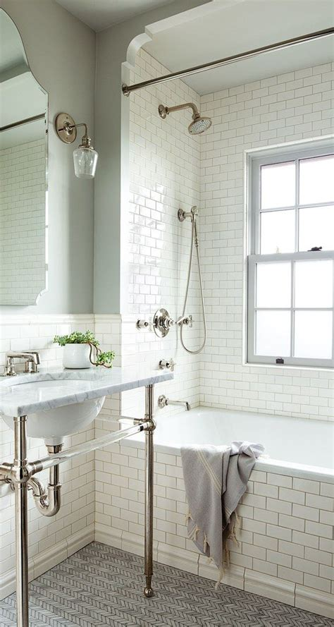 Portland Vintage Plumbing by Best 25 Small Bathroom Bathtub Ideas On
