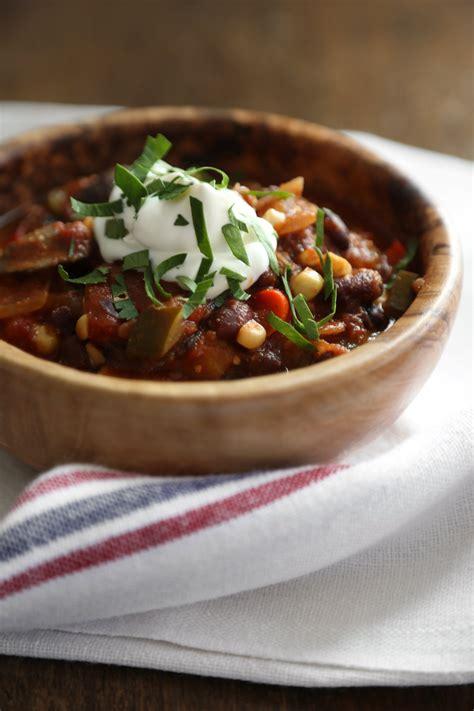vegetarian chili cooker recipe cooker vegetarian chili 14 recipes that prove beans