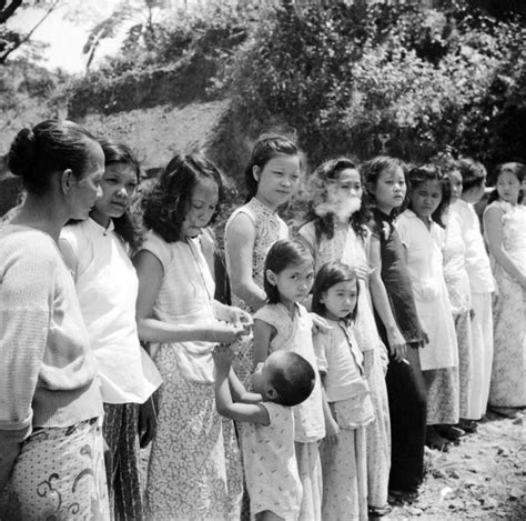 comfort girls chinese and korean comfort women old pics archive