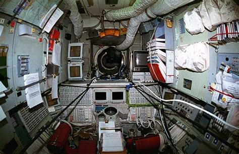 Iss Interior by Iss Space Station Interior Pictures Pics About Space