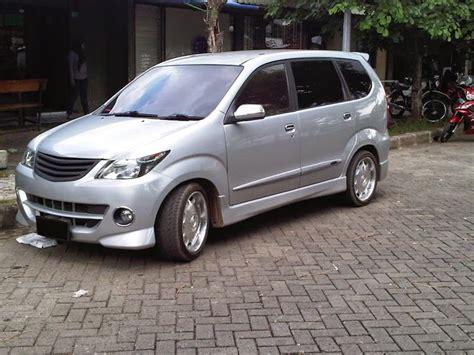 Accu Mobil Daihatsu Xenia kumpulan foto modifikasi mobil daihatsu xenia terbaru