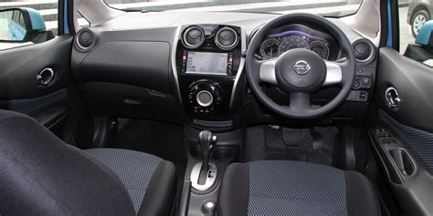 nissan note 2007 interior file nissan note x dig s interior jpg wikimedia commons