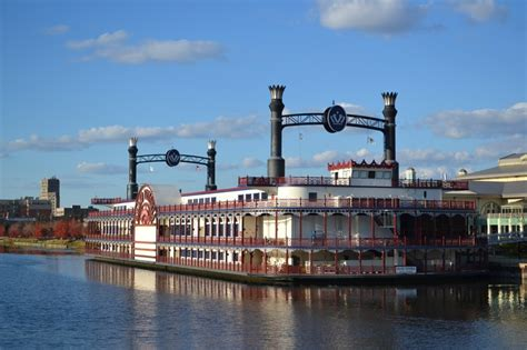 paddle boats geneva il 86 best images about ships riverboats on pinterest