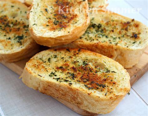 garlic bead kitchen simmer skillet garlic bread
