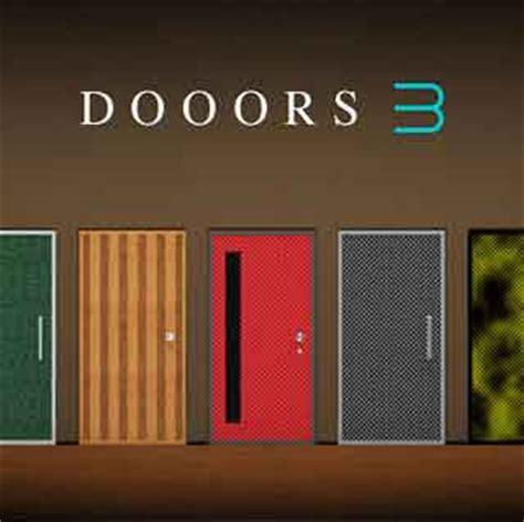 100 Floors Room 59 by Doors 58 Hinged Tub Door