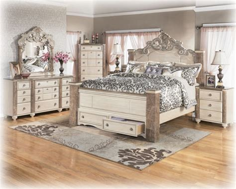 Antique White Dresser Bedroom Furniture White Antique Bedroom Furniture Sets Collections Bedroom Design Decorating Ideas