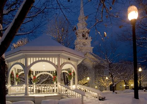 30 most romantic small towns for the holidays top value