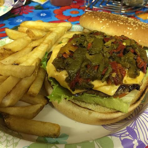 Backyard Burger Cool Springs Green Chile Cheesburgers Fab Springs Taking The