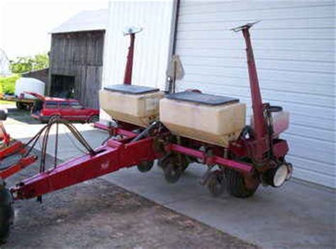 White 5100 Planter For Sale by Used Farm Tractors For Sale White 5100 Planter 2009 05