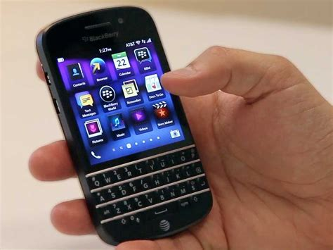 themes q10 video review the blackberry q10 business insider