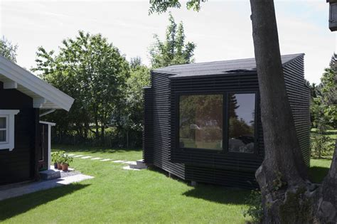 Backyard Guest House This Backyard Guest House Provides Extra Space For