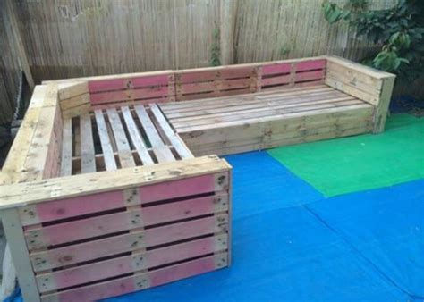 how to build a corner couch diy pallet patio or garden corner sofa 99 pallets
