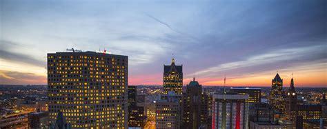 Uw Milwaukee Mba by Explore Milwaukee Graduate School
