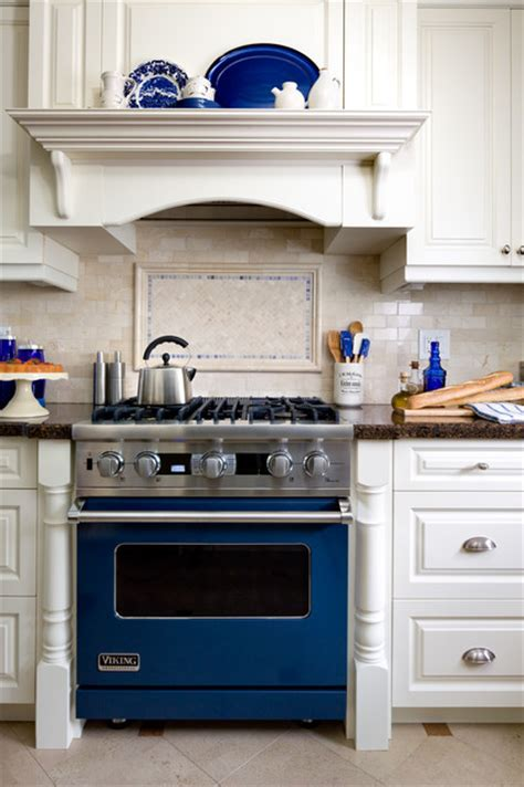 brandon barre blue kitchen breakfast bar light blue high jane lockhart interior design traditional kitchen