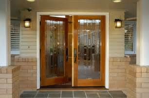 Choosing the right glass design for your front door