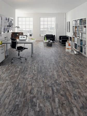 egger arbeitsplatten kollektion egger legt die laminatfu 223 boden kollektion floorline neu