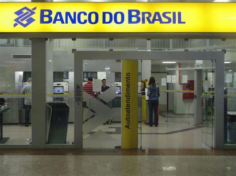 banco do barsil lucro do banco do brasil quase dobra corte de custos