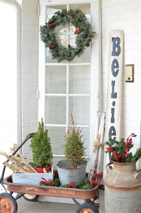 vintage christmas front porch decor on the front porch