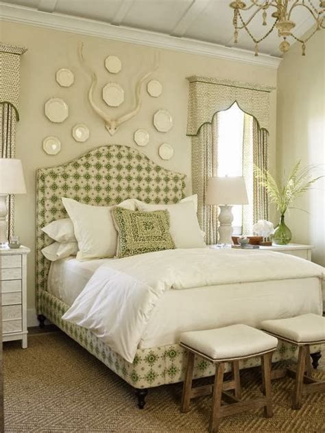 how to decorate a bed bedroom design ideas decorating above your bed driven