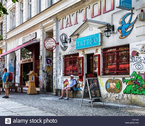 tattoo parlor berlin loxodrom tattoo piercing parlour shop exterior with