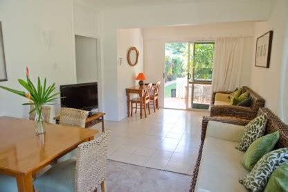 cairns 2 bedroom apartments accommodation cairns cheap and tropical villa marine