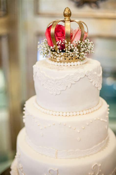 wedding cake idea crown wedding cake crown wedding theme