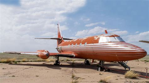 elvis private jet elvis plane 28 images graceland may remove elvis s