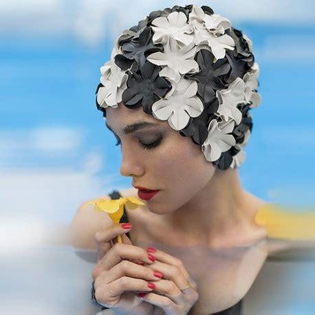 cuffie da bagno con fiori cuffia da bagno a fiori nero e avorio