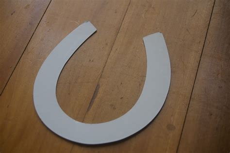 where to buy horseshoes for crafts