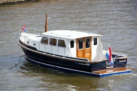 open kajuitboot rego vletjachten in verkoop en verhuuruitvoering