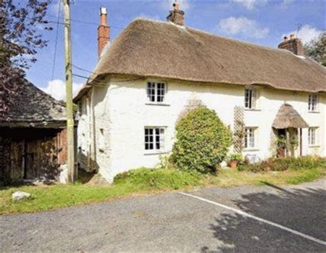 Cornwall Cottage For Sale by Chocolate Box Cottage In Cornwall For Sale Country
