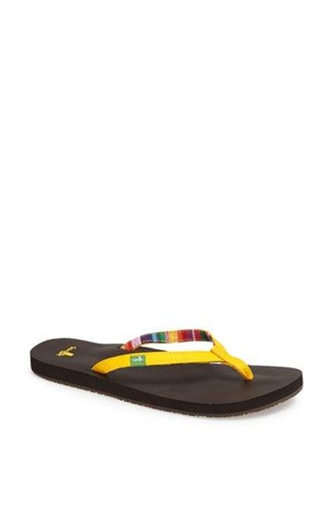Most Comfortable Walking Flip Flops by 17 Best Images About Sanuks Sandals On Most
