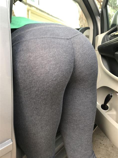 sister cleaning  car  leggings creepshots