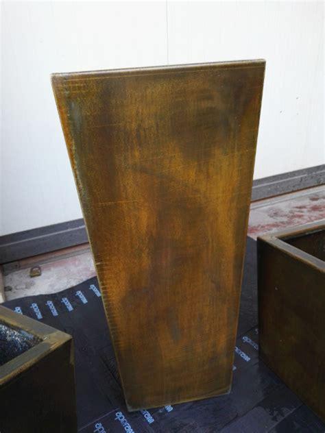 vasi in acciaio inox acciaio corten facciate murarie e strutture su misura