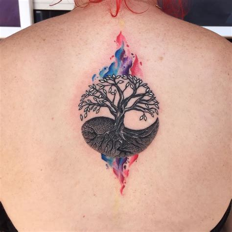 tree tattoo on upper back by gutti canvasink madellin
