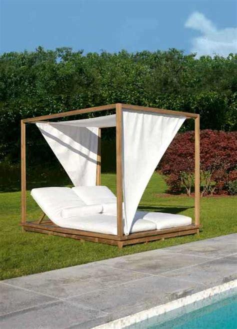 da letto con baldacchino letti da giardino